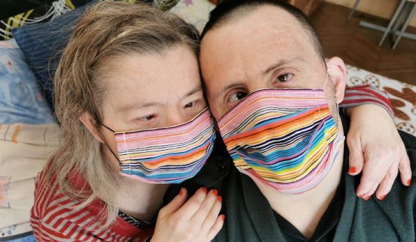 down-syndrome-during-pandemic-maskup